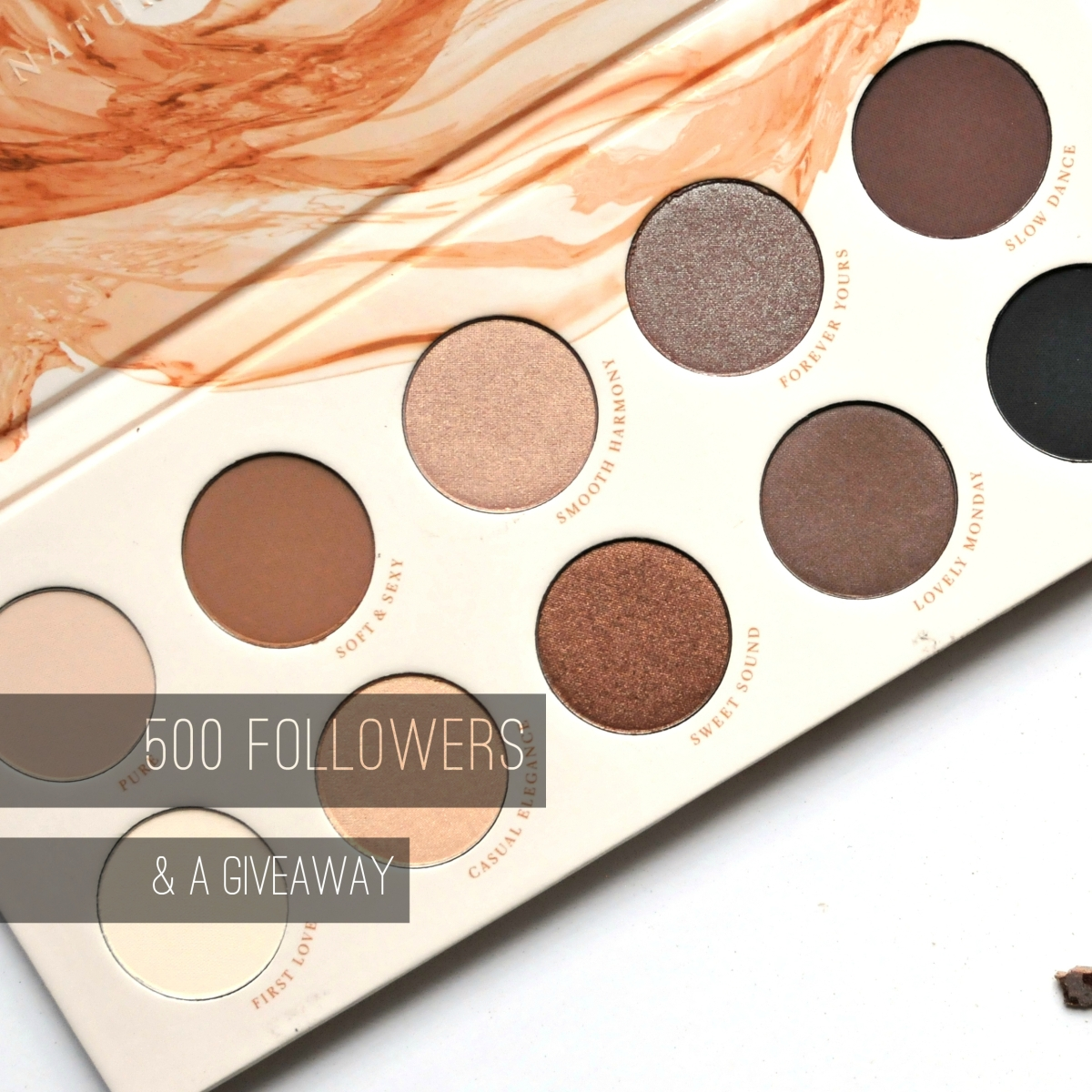 Billie Amber Saunders: 500 Followers & Giveaway!